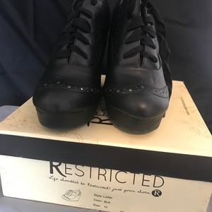 Restricted Shoes - BRAND NEW - Black Oxford Wedges Size 10